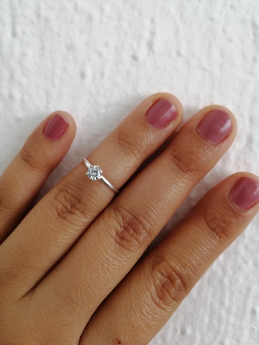 0d1eb4b5e781 anillo compromiso de medio dedo para mujer de plata ley .925. Cargando zoom.