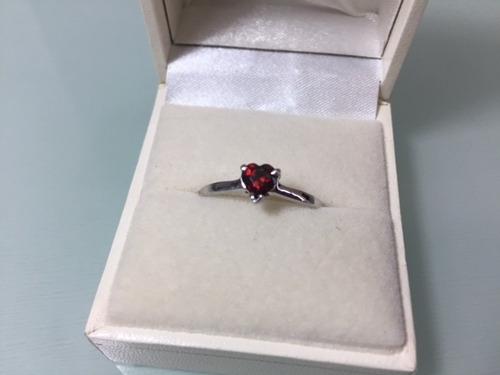 anillo con diamante corte corazón de .50 cts. envío gratis!