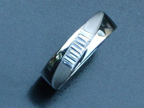 anillo con zirconia plata