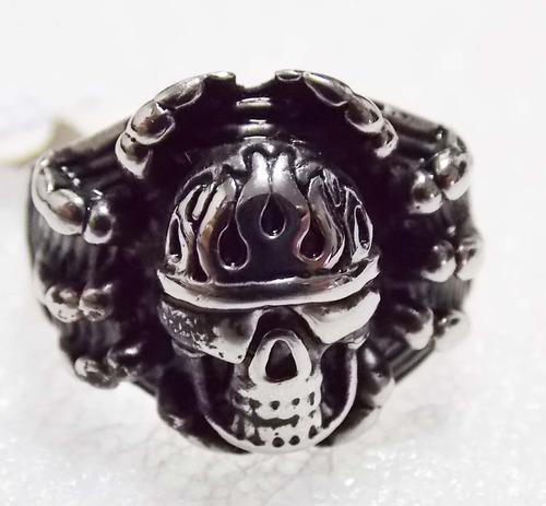anillo de acero de calavera araña exelente skpalace