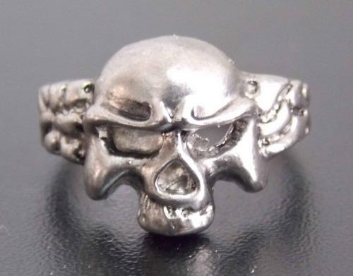 anillo de calavera exelente skpalace