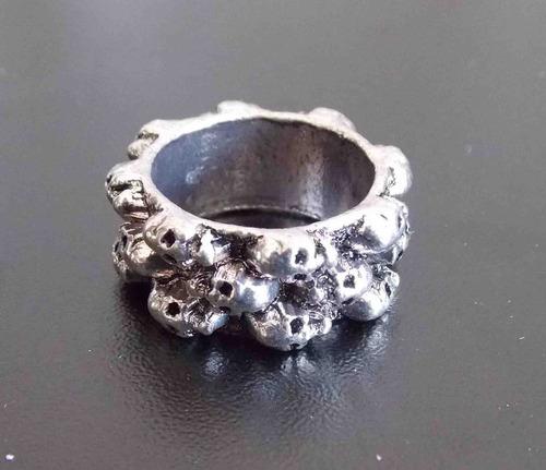 anillo de calaveras exelente skpalace