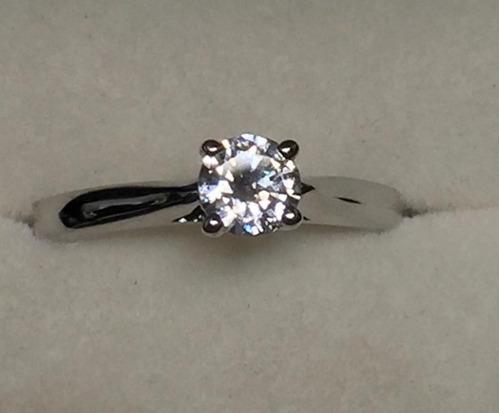 anillo de compromiso con  diamante de .30 cts. envio gratis!
