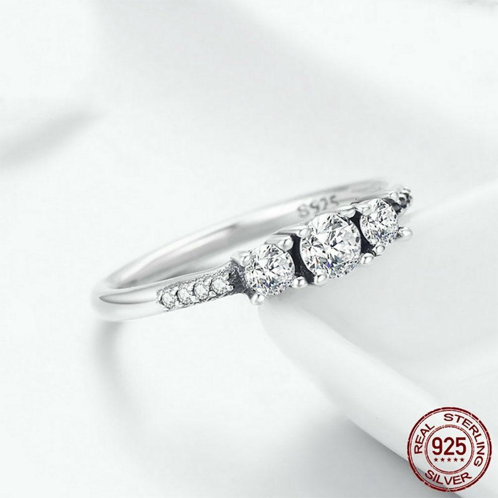 84917a83b364 anillo de compromiso en plata 925 zircon + estuche 50% off. Cargando zoom.