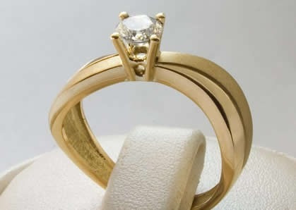 anillo de compromiso estilos varios