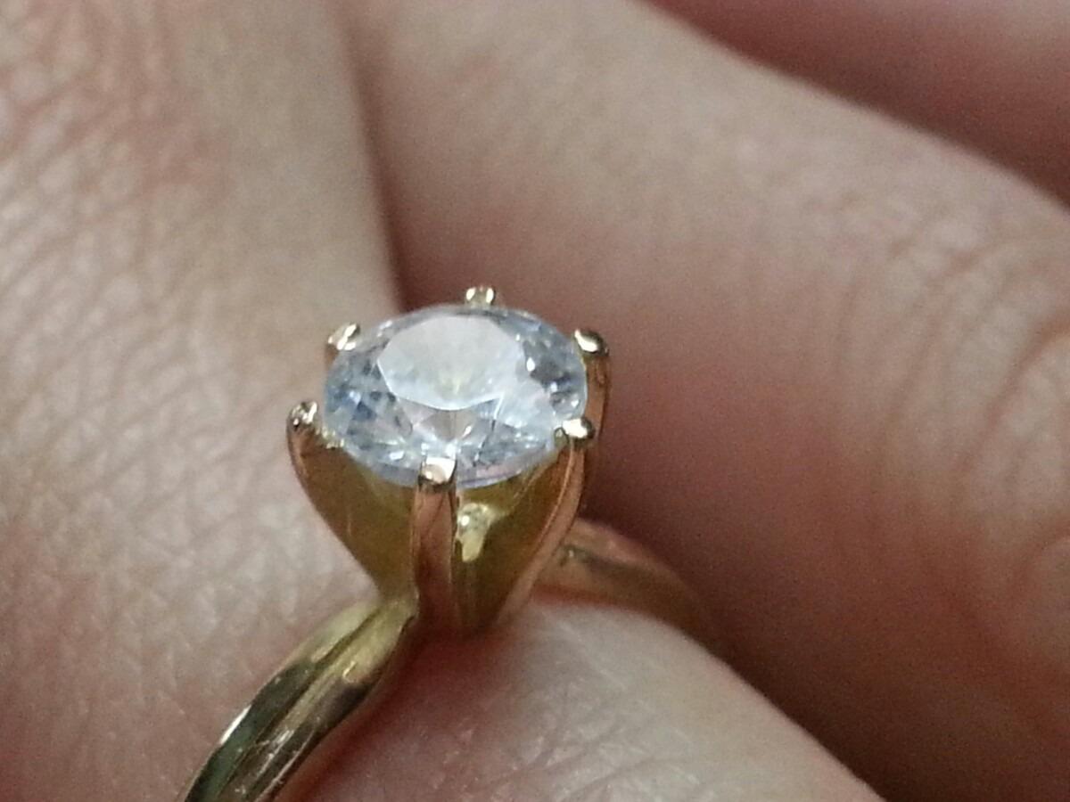 a6bf2ea092f6 anillo de compromiso oro amarillo o oro blanco. Cargando zoom.