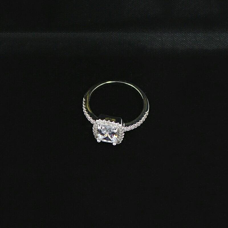 927f6a8cbeed anillo de compromiso oro blanco 18k cristales swarovski. Cargando zoom.