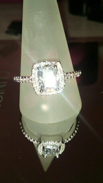 e8c6e8f30fbd Anillo De Compromiso Oro Blanco 18k Cristales Swarovski - S  99