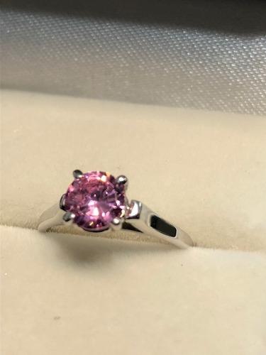 anillo de con diamante cultivado rosa de 75 pts.