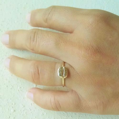 anillo de grano de café talla 7 oro sólido de 14 kilates