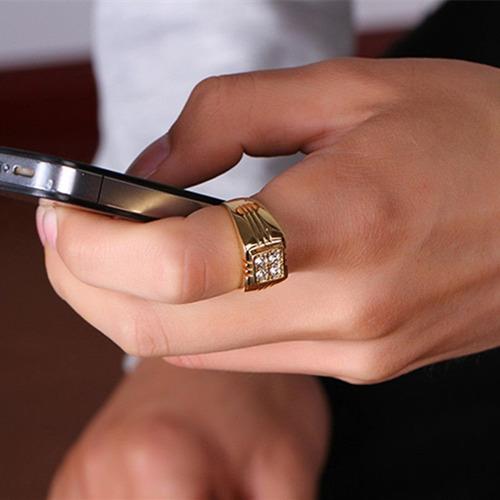 anillo de hombre bañado en oro de 18k