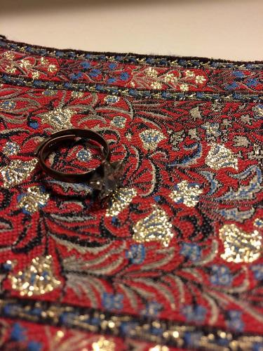 anillo de metal con cristal swarovski