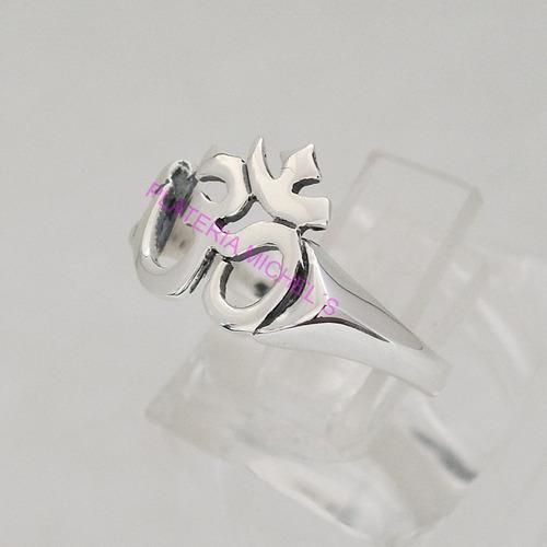 anillo de om en plata ley 0.925