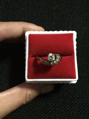 anillo de oro blanco con brillante- modelo clasico