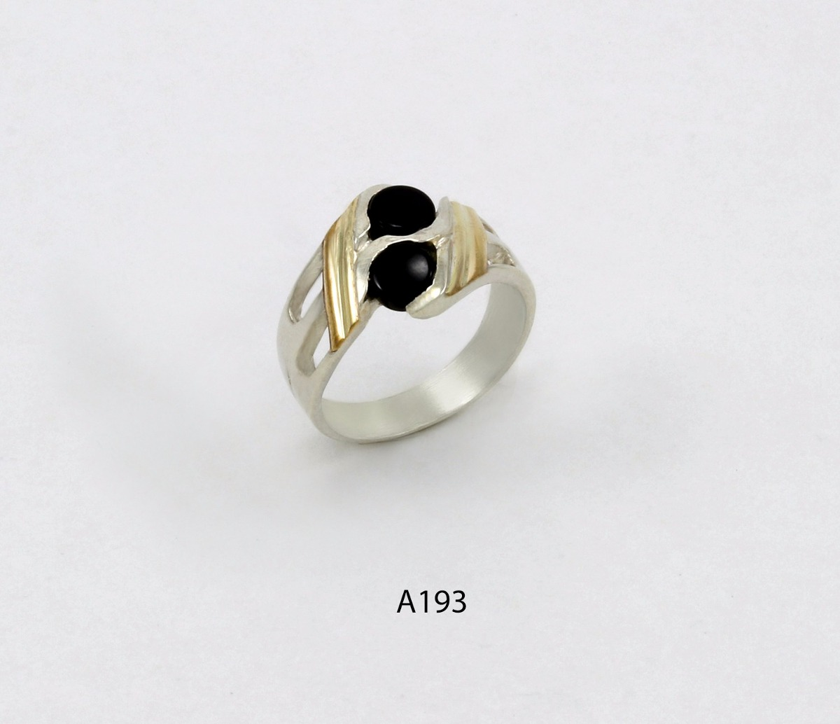 496496162623 anillo de plata 925 y oro codigo a193 piedra negra. Cargando zoom.