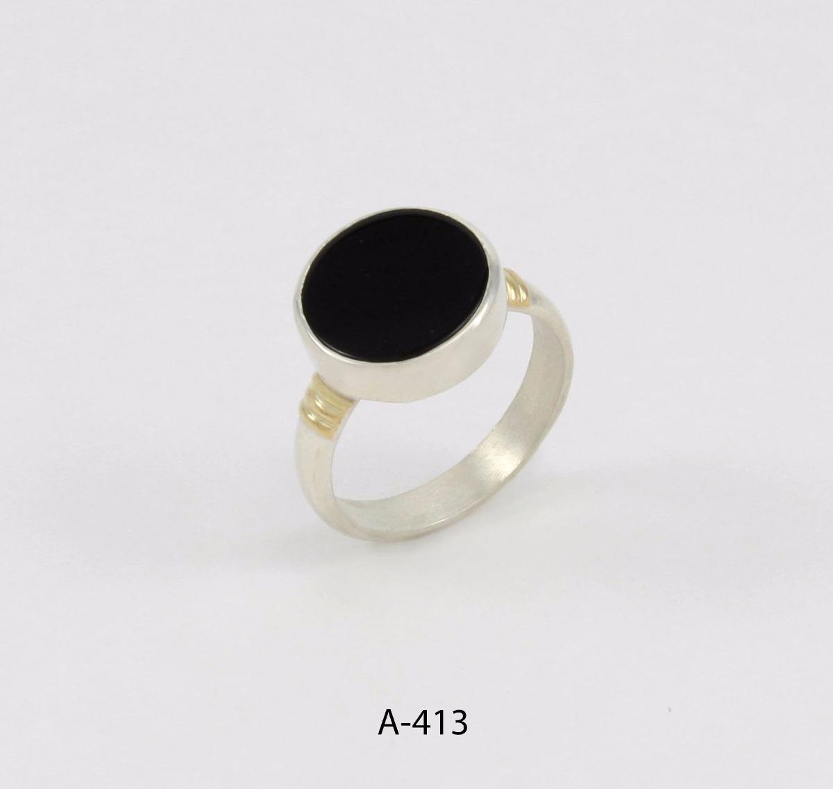 0a4535881727 anillo de plata 925 y oro codigo a413 esmaltado negro. Cargando zoom.