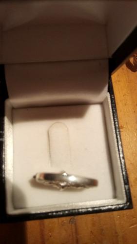 anillo de plata y circones talla 11 nacional