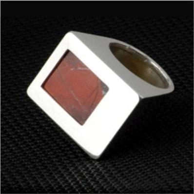 anillo de plata y jaspe de asoi