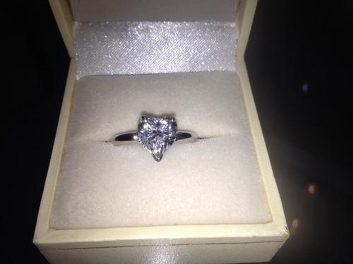 anillo diamante oro