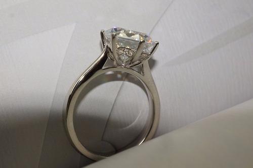 anillo diamante simulado compromiso novia 4ct