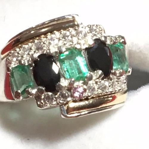 anillo en esmeralda