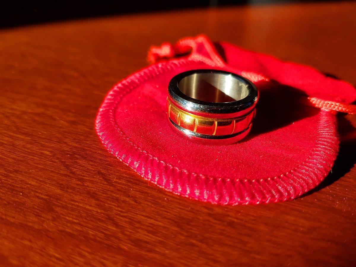 4929af44624e anillo oro 18 kilates 19mm alianza combinado mujer hombre. Cargando zoom.