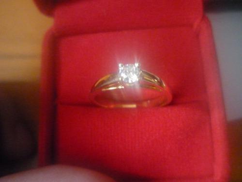 anillo oro amarillo 18k con diamante de la mejor calidad