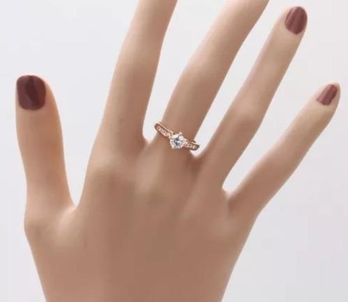 anillo oro cristal