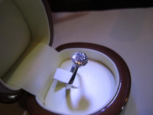 anillo  oro diamantes roseta