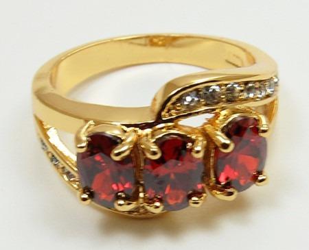 anillo oro granates