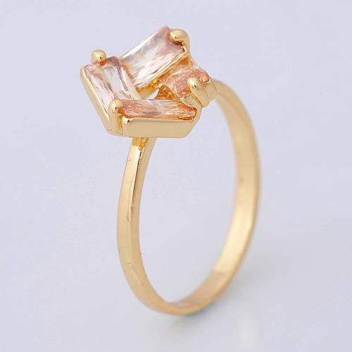 anillo oro laminado 10k con topacios de 5x3mm #7.5