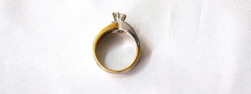 anillo oro zirconia