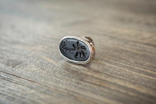 anillo ovalado grande de barro negro con plata-ajustable 3
