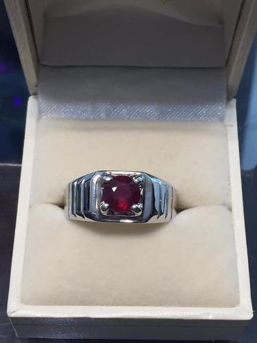 anillo para caballero con rubi natural de 1ct. en oro de 14k