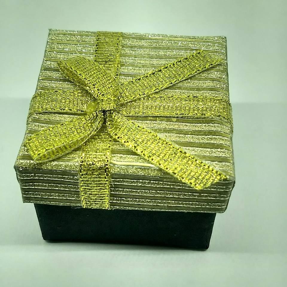 13d6a9132674 anillo para dama corazones flor 10k oro. Cargando zoom.