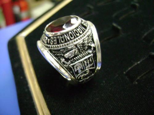 anillo para graduacion piedra 10x12mm  en plata de ley  950
