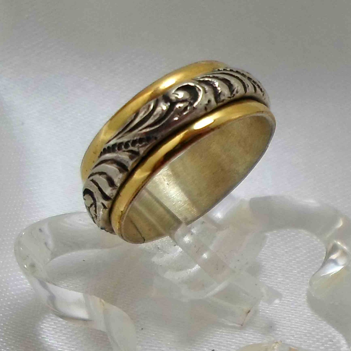12ea98ff7139 anillo plata con oro modelo unisex alianza. nro 16. Cargando zoom.