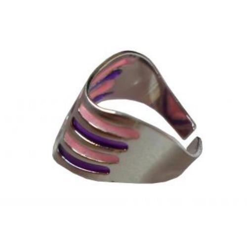 anillo plateado con tribal en acrílico