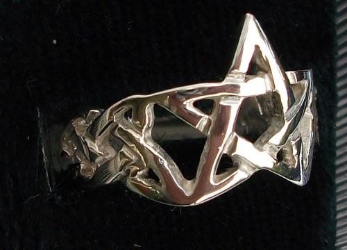 anillo protector nudo celta estrella wicca en plata.925