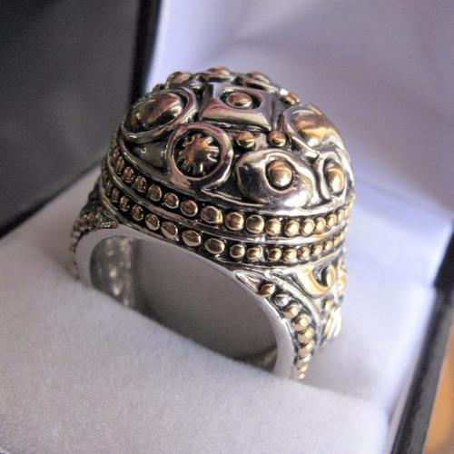 anillo rapsodia acero quirurgico, medida 17mm., en funda.