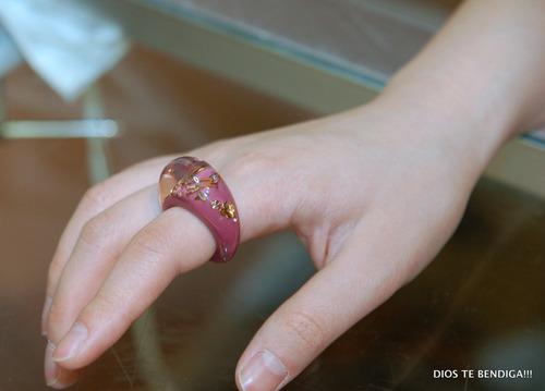 anillo resina cristales diseñador