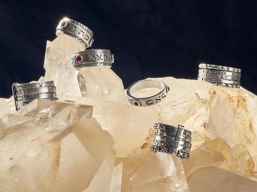 anillo talismán cabalístico tzelem, modelo ana becoaj