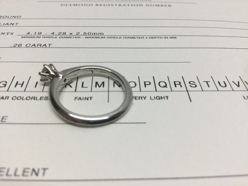 anillo tiffany & co .26 ct original platino con certificado