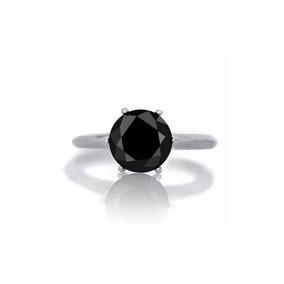 ee73b01e0782 Anillo Con Diamante Negro Natural De 1.98 Cts. En Oro De 14k