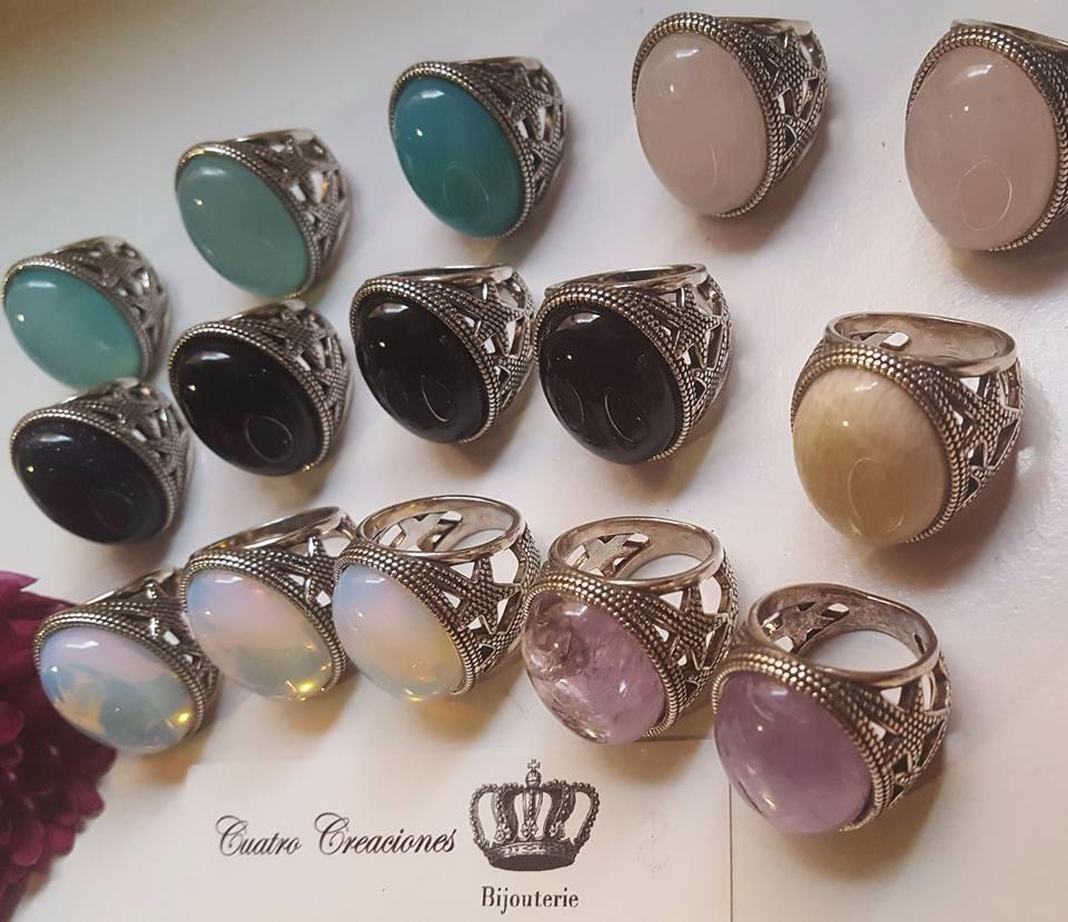ac0de7a8e9e6 anillos con piedras naturales bañados en plata vieja. Cargando zoom.