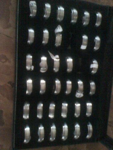 anillos de acero inoxidable