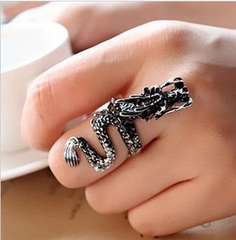 anillos y solitarios tipo dragon
