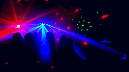 animacion adultos en zona sur dj´animador karaokes shows