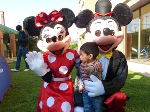 animación de cumpleaños mickey y minnie mouse ! que maximo!