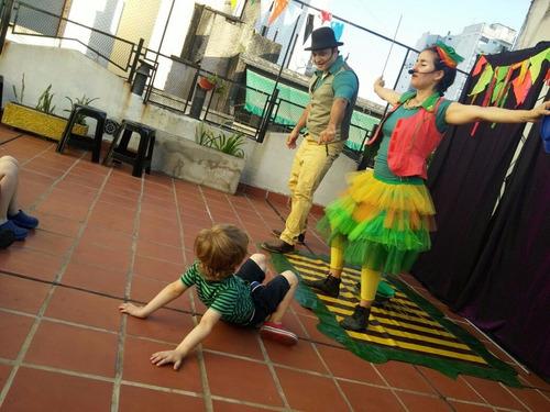 animaciones infantiles-circo-burbujas-zancos